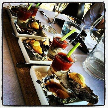 Verandah Restaurant: The best oysters!
