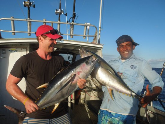 The Warwick Fiji: Captain Sirelis Sport Fishing Activity
