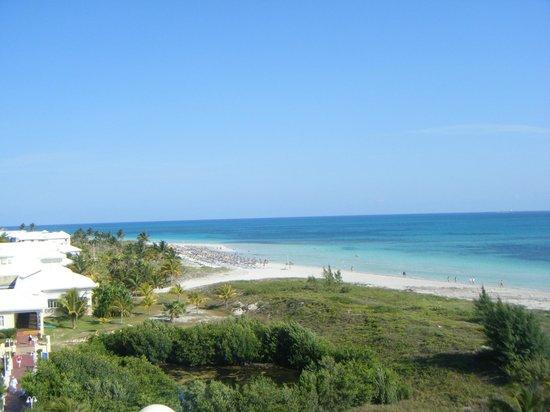 Blau Marina Varadero Resort: Both sections of beach