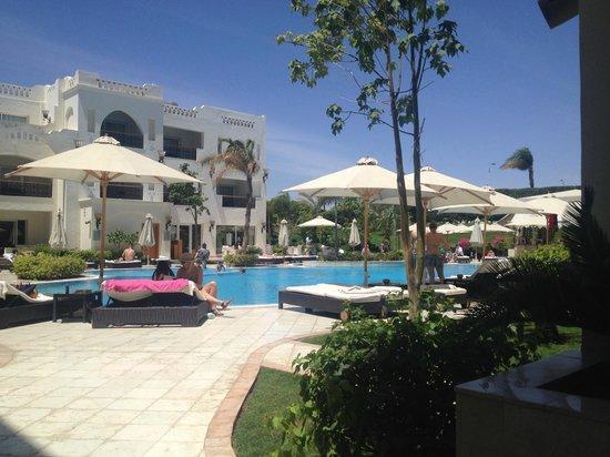 Le Royale Sharm El Sheikh, a Sonesta Collection Luxury Resort : Main Pool