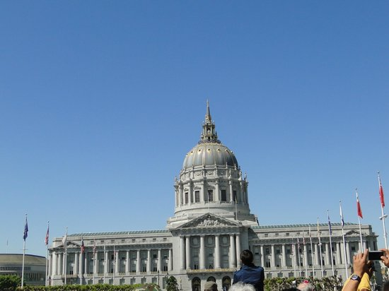 Holiday Inn San Francisco Golden Gateway: Predio da Prefeitura