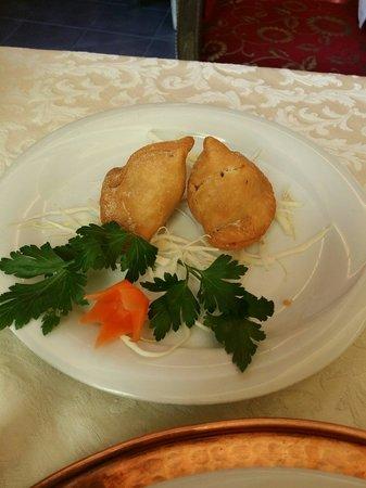 Haveli Indian Restaurant : Samosa!  Buonissimi