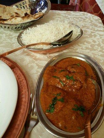 Haveli Indian Restaurant : Pollo al curry + riso basmati