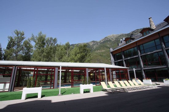SOMMOS Hotel Aneto: Piscina