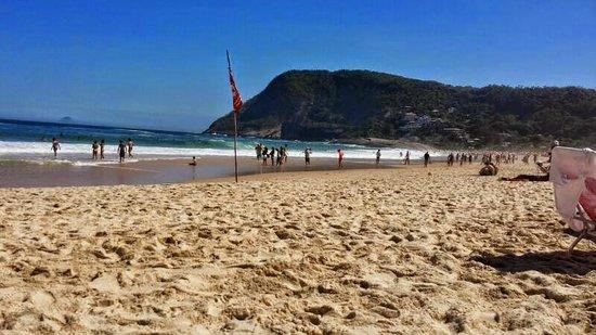Itacoatiara Beach: Vista da areia