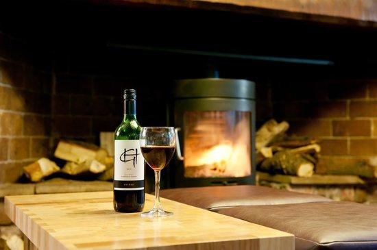 The Swan Hotel: Log burner in the Courtyard Bar