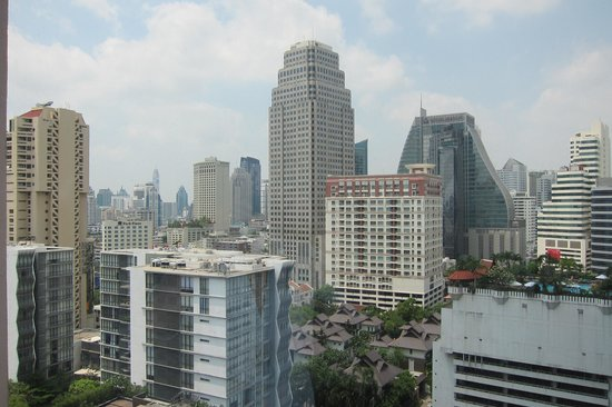 Rembrandt Hotel Bangkok: view from our room !