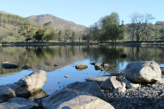 Coniston Water: Mirrored