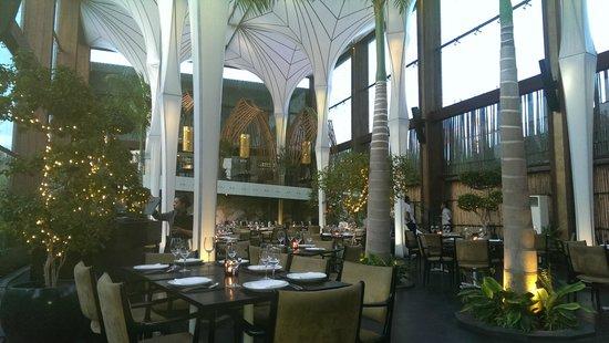 Merah Putih Restaurant: Lovely architecture