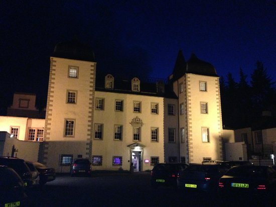 Mercure Peebles Barony Castle Hotel: Beautiful building