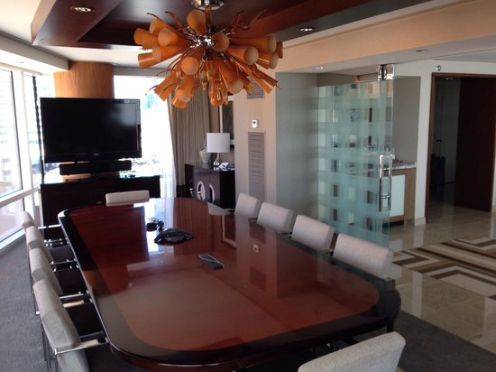 ARIA Resort & Casino: Executive suite board room