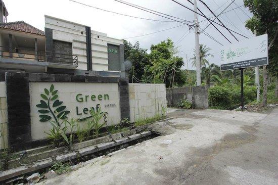 Green Leaf Hotel: Tampak Depan