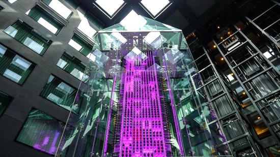 Radisson Blu Hotel, Zurich Airport: The famous wine tower in the atrium of the hotel