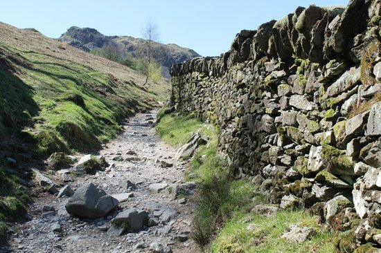 Rydal Water: rocky path