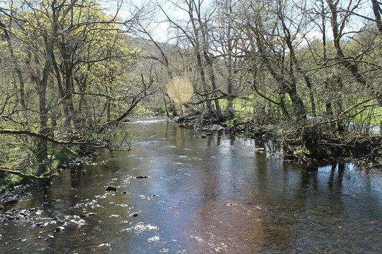 Rydal Water: bridge across the river