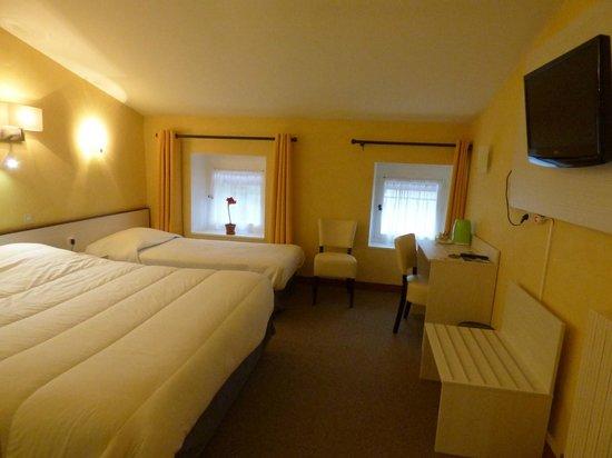 Hotel du Centre : chambre triple
