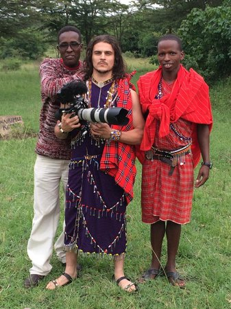 Oldarpoi Mara Camp: Dressed as a Masai Warrior!