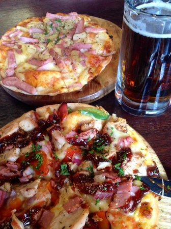 Winnies: Delicious pizza lunch