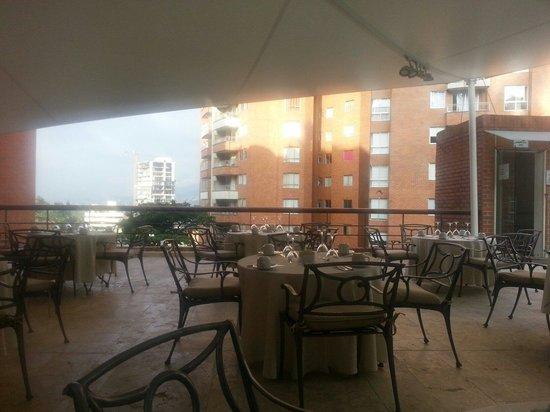 Hotel Dann Carlton Belfort: Terrace