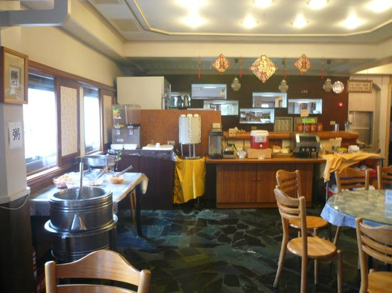 Kilin Prince Hotel : 朝食ブッフェ;お粥ブース充実してる