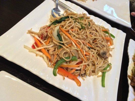 Norling Restaurant Amsterdam: A noodle stir fry - fantastic taste and texture