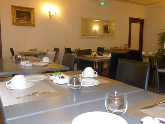 Hotel du Centre : salle petit déjeuner