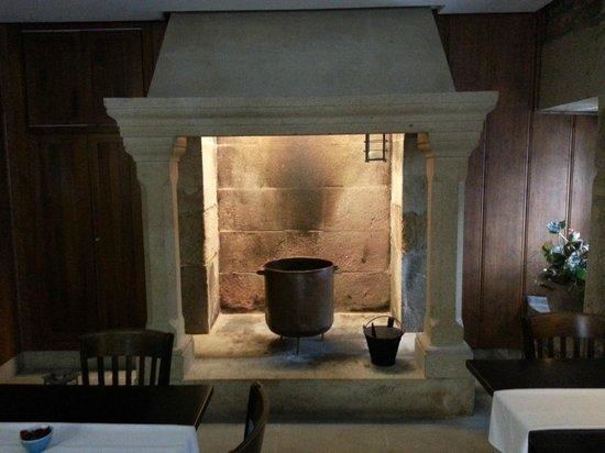 Hotel Bonaval: Visão de uma antiga cozinha que fica junto ao restaurante