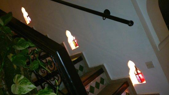 Riad Ain Marrakech : dans les escaliers