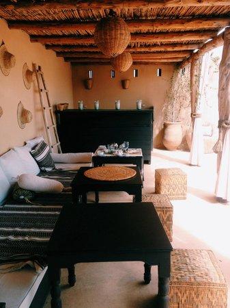 Riad Snan13: Rooftop courtyard