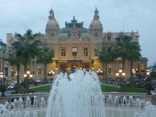Casino of Monte-Carlo : Вечером