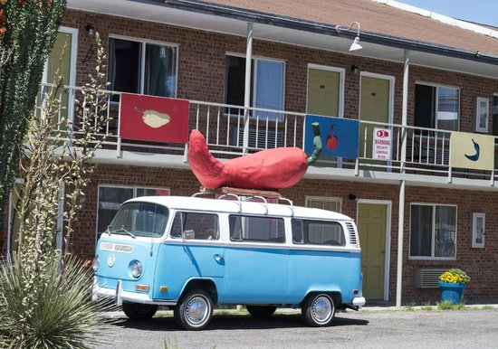The Big Chile Inn : Not the Big Chile itself.. but the Big Chile van!
