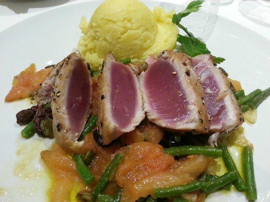 Ristorante II Sorriso : tuna steak