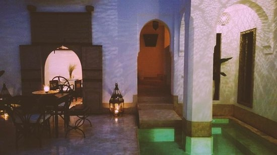 Riad Snan13 : Night time