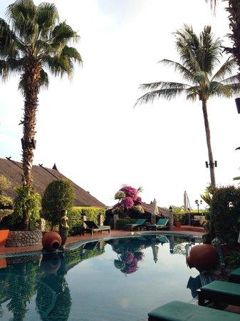 Boomerang Village Resort: Angolo piscina