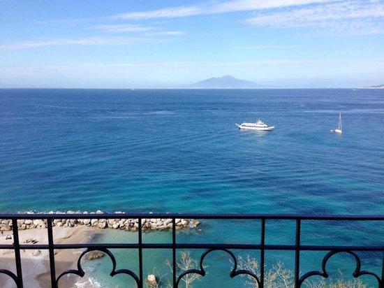 Capri Inn: View from balcony