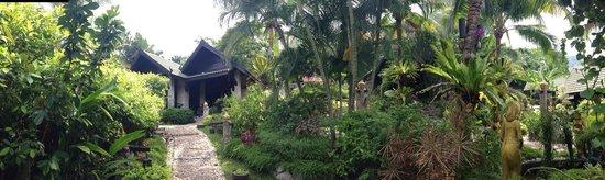 Boomerang Village Resort: Giardino