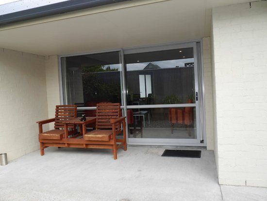 388 on Tay: Patio area at Exec 1 bed unit
