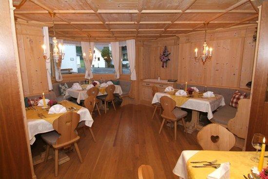 Hotel Bergfried: Die Tirolerstube - Speisesaal