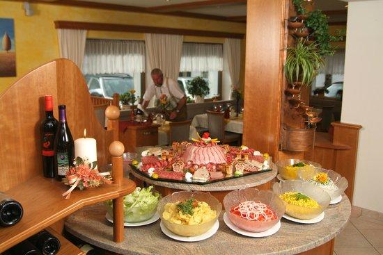 Hotel Bergfried: Das Buffet