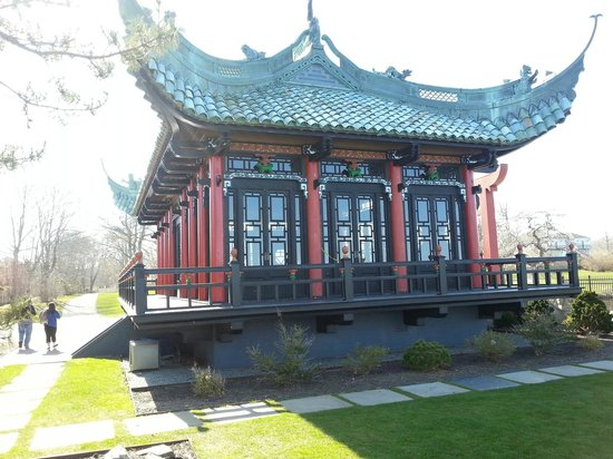 Newport Mansions: Chinese Tea House on the Grounds of The Marble House