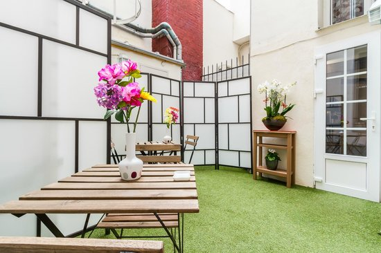 D'win Hotel : Terrasse