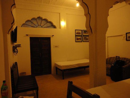 Haveli Inn Pal: Room