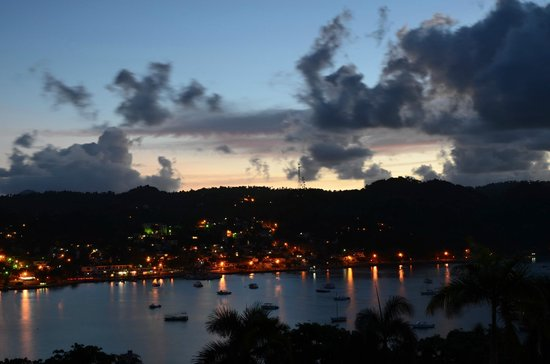 Grand Bahia Principe Cayacoa : City of Samana
