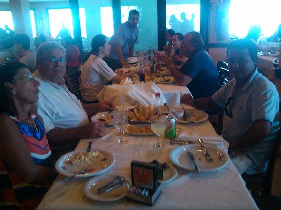 Sal e Brasa Steakhouse Aracaju: Amigos!!