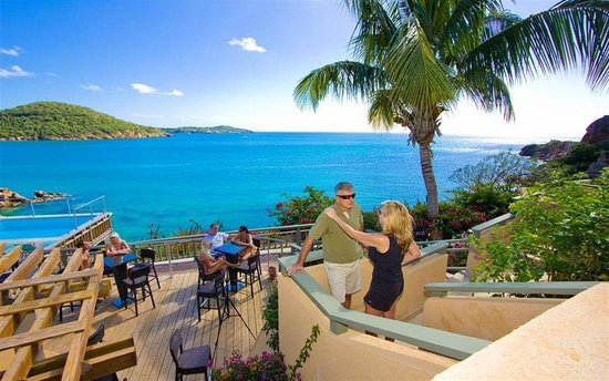 Lindbergh Bay Hotel and Villas: Hang out on your deck or your private balcony