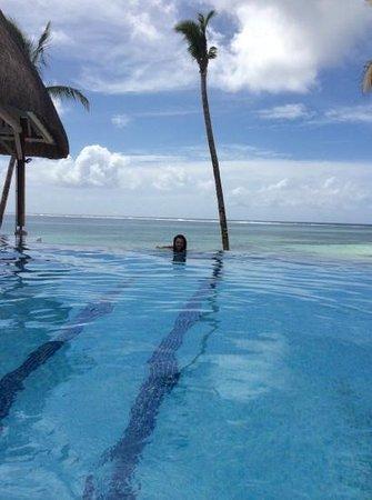 Ambre Mauritius: piscina