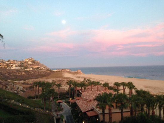 Pueblo Bonito Sunset Beach: View at Sunset from our porch