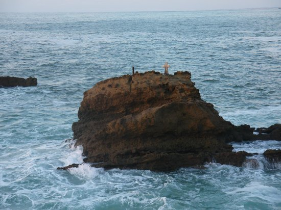 Rocher de la Vierge : A côté du rocher