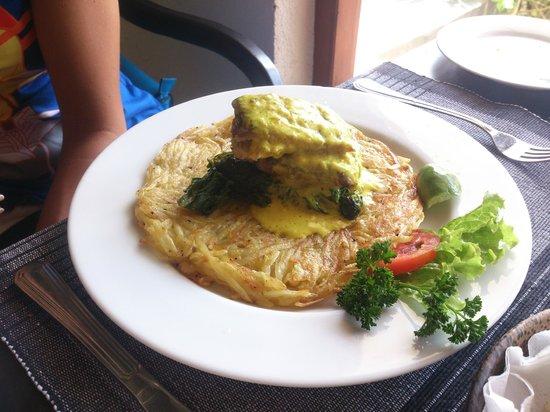 Malli's Seafood Restaurant : Рыба Махи махи, тоже очень вкусно!