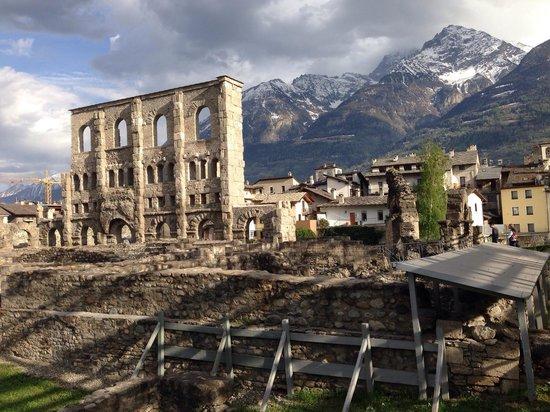 Teatro Romano: Aosta